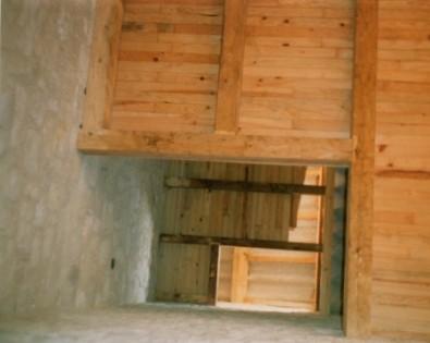 Pierres et planchers intérieurs