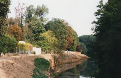Le terrain sur les bords de Marne