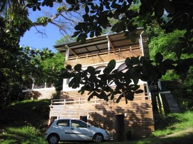 La nouvelle façade avec son bardage bois